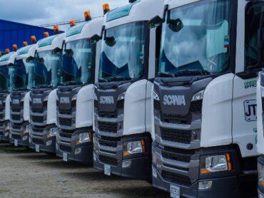 Teca Transportes recibe 20 tractos GNV de Scania